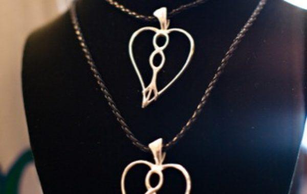 Inpeloto Signature Necklace